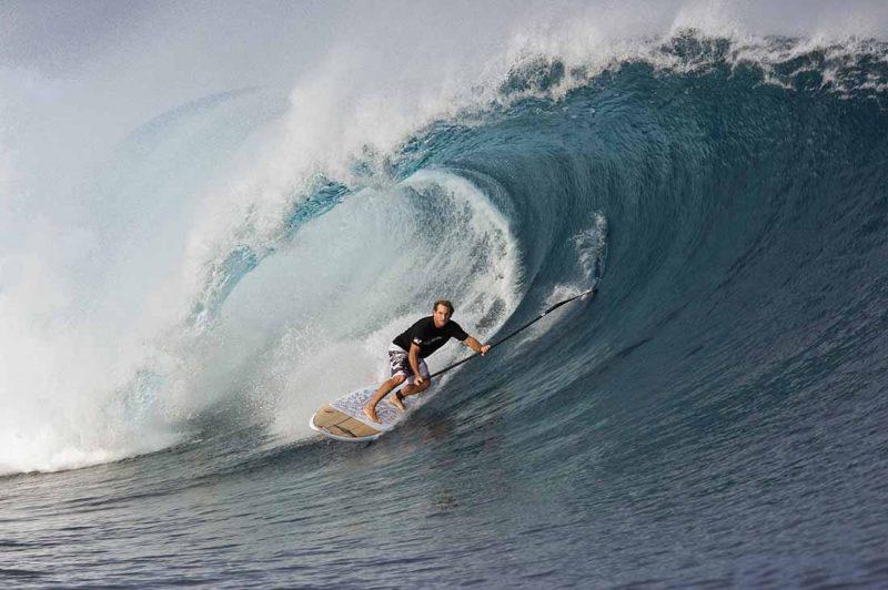 Robb naish surft in Tavarua