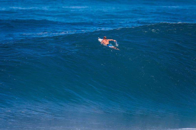 Mick Fanning in Backdoor Haleiwa Hawaii USA