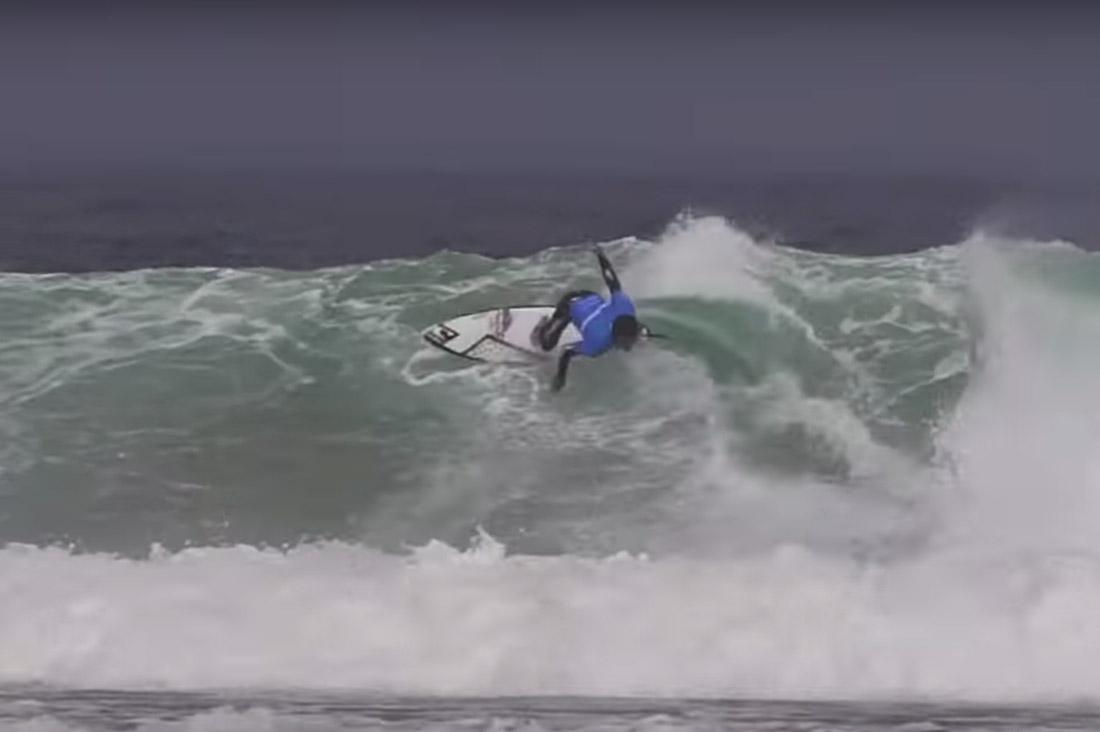 Galicia Pro 2018 Surfer auf der Welle